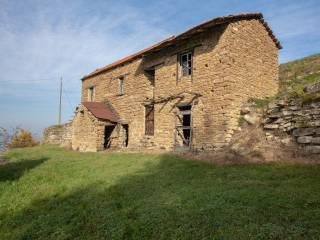 Photo - Farmhouse frazione Gorrino, Pezzolo Valle Uzzone