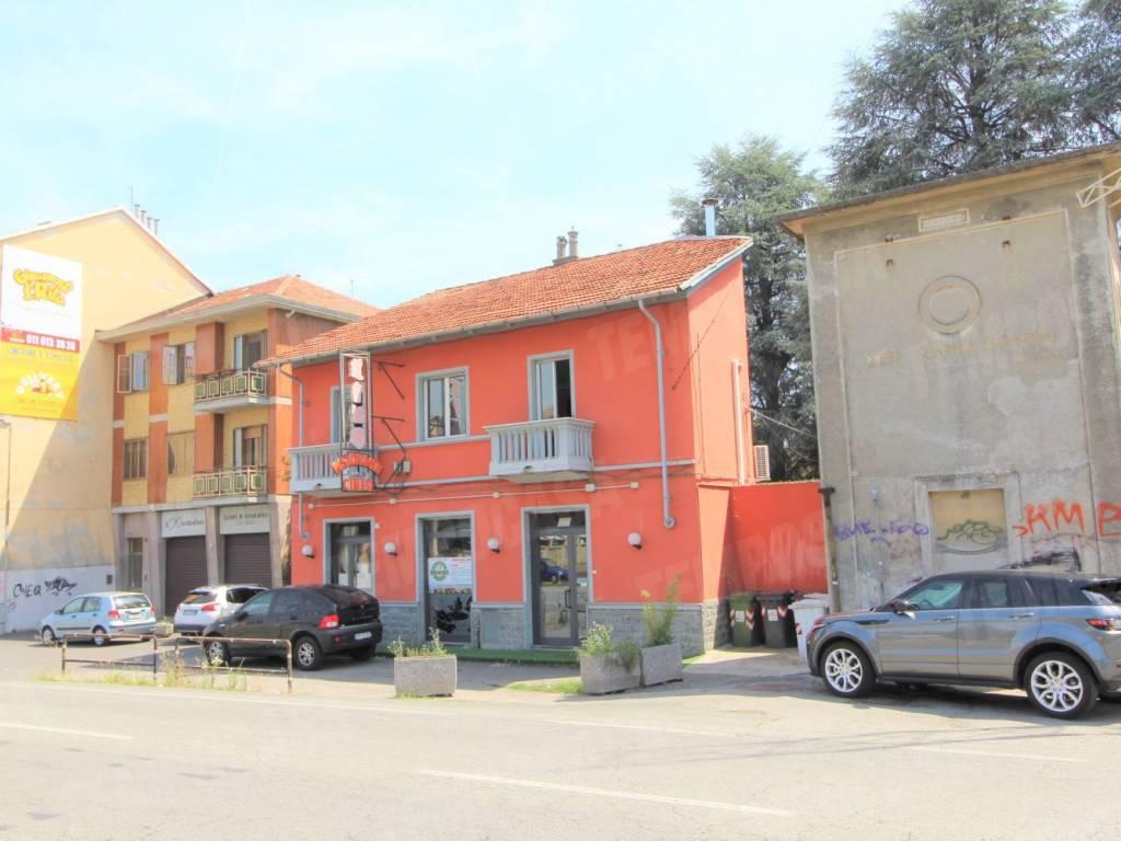 foto  Immobile 208 mq, Collegno
