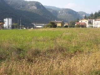 Foto - Terreno edificabile industriale a Grezzana