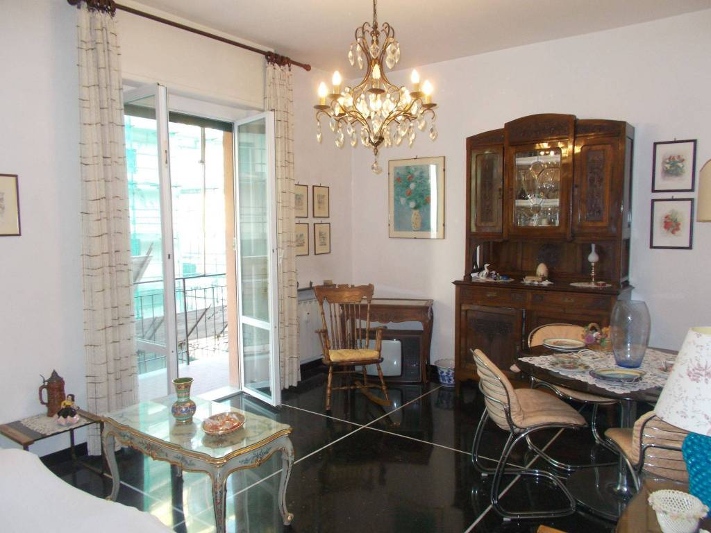 Arredo Bagno D Angelo Genova.Vendita Appartamento Genova Trilocale In Via Angelo Carrara