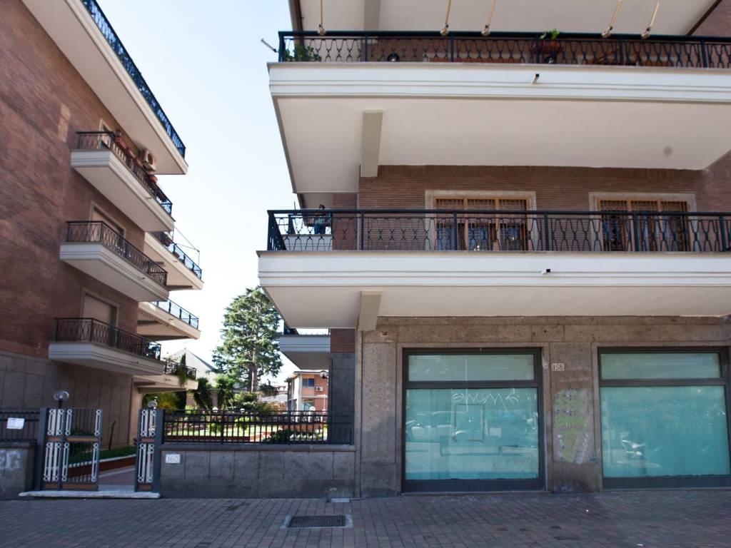Via Acquedotto Del Peschiera.Vendita Attico In Via Dell Acquedotto Del Peschiera 160 Roma