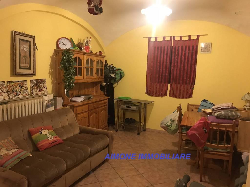 Foto 1 di Appartamento Via Nazionale, Lesegno
