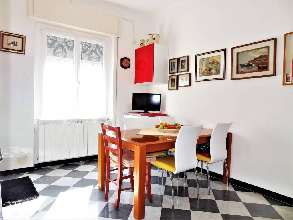 foto Sala da pranzo Trilocale via romita, 11, Imperia