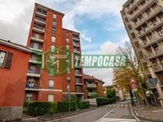 Foto - Bilocale via Cesare Battisti 5, Melegnano
