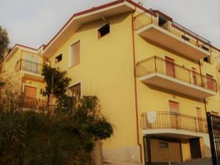 Foto - Palazzo / Stabile via dei Giardini, Zumpano