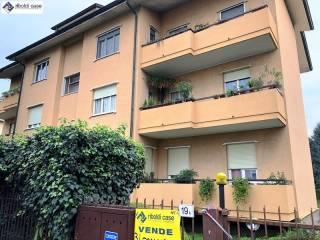 Foto - Quadrilocale via Comasina, Verano Brianza