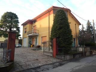 Foto - Appartamento via Luciano Manara 2, Nibionno