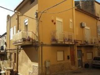 Foto - Trilocale via Pierluigi da Palestrina, Aragona