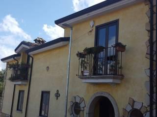 Foto - Villa bifamiliare Strada Provinciale Bivio San Leucio-Località Confini, San Leucio del Sannio