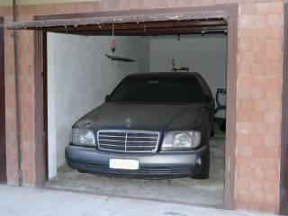 Foto - Box / Garage via Fossarmato 54, Fossarmato - Riso Scotti, Pavia