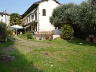 Foto - Villetta a schiera vicolo Cantone 38, Cadrezzate