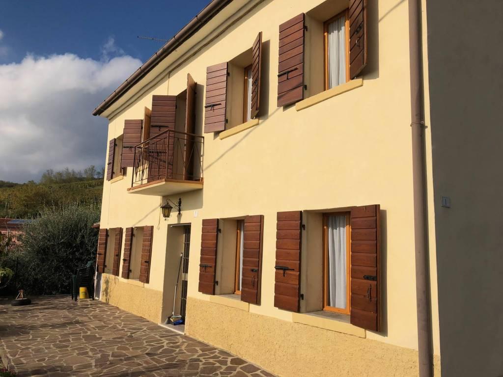 foto vista esterna Single family villa via Valle in Colle, Cornuda
