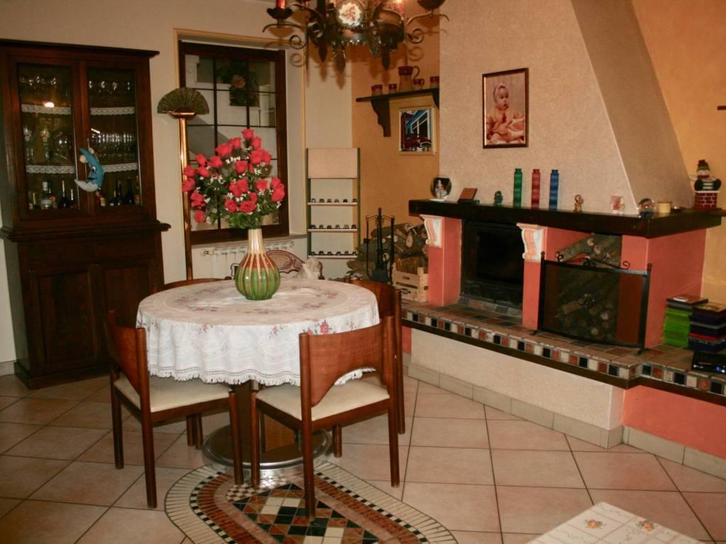 foto  Detached house 150 sq.m., excellent condition, Galliate
