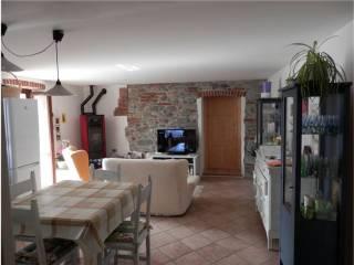 Foto - Casa indipendente 115 mq, da ristrutturare, Magnano