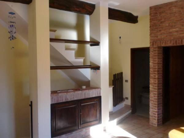 foto  Terraced house via del Mulino, Toano