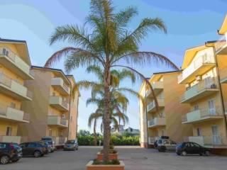 Foto - Appartamento nuovo, secondo piano, Caulonia