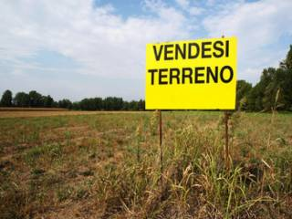 Foto - Terreno edificabile residenziale a Rovello Porro