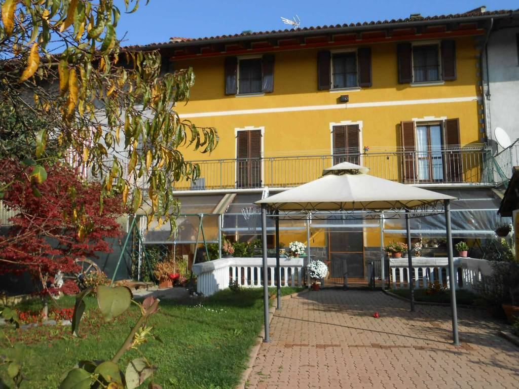 foto  Detached house 320 sq.m., new, Arignano