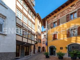 Foto - Palazzo / Stabile sette piani, ottimo stato, Rovereto