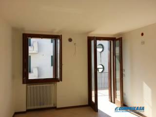 Foto - Appartamento secondo piano, Megliadino San Fidenzio