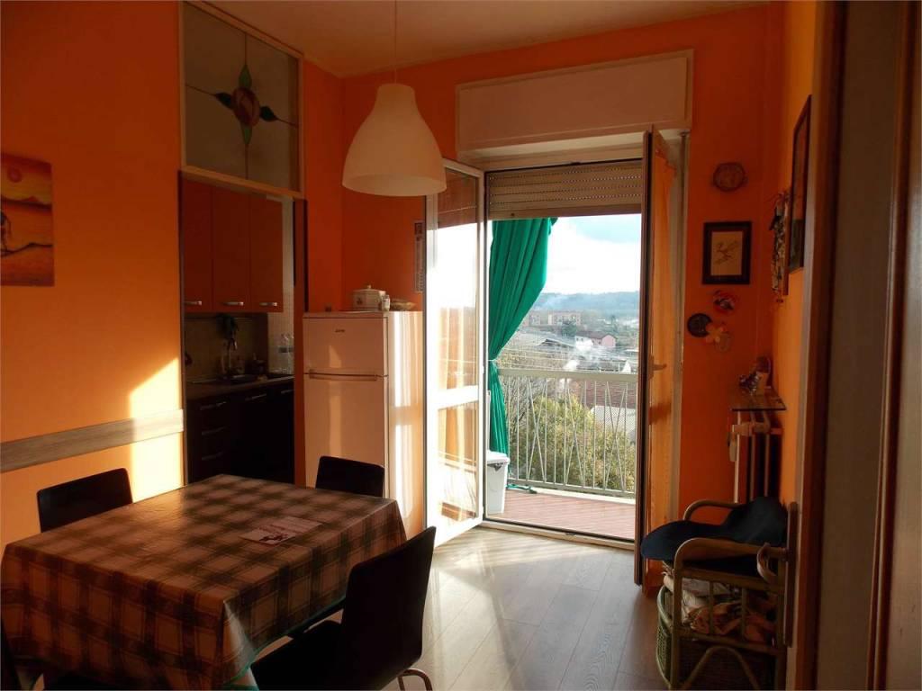 Foto 1 di Quadrilocale Corso Giacomo Matteotti162, Asti