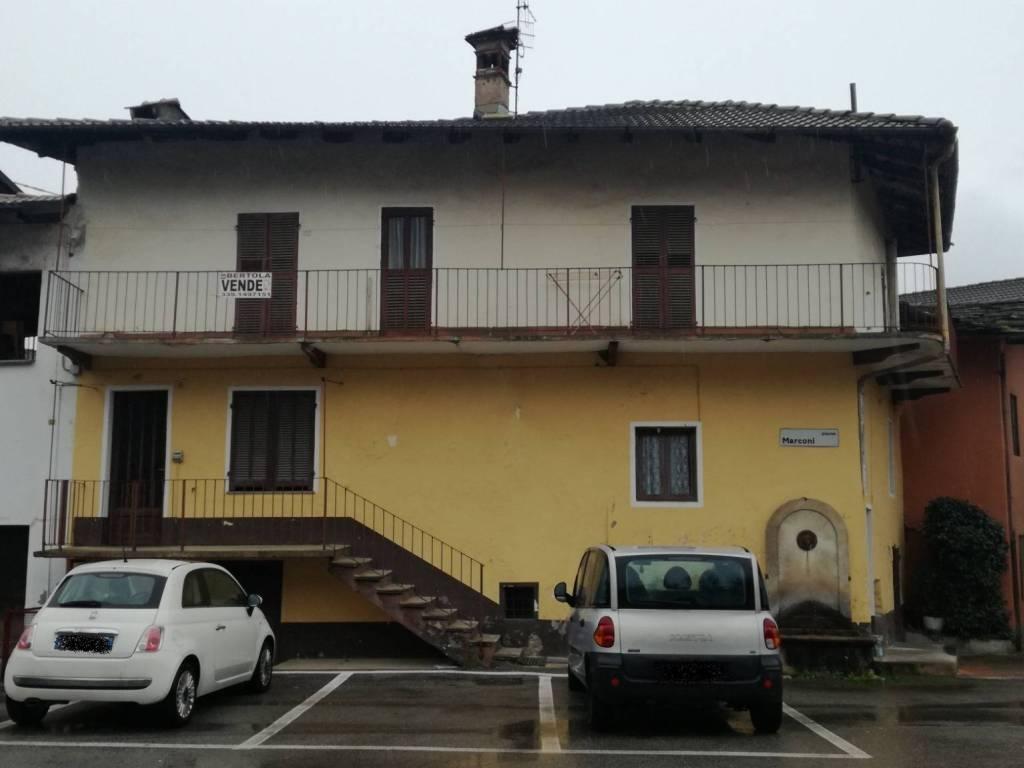 Foto 1 di Appartamento Piazza Guglielmo Marconi11, Valgrana