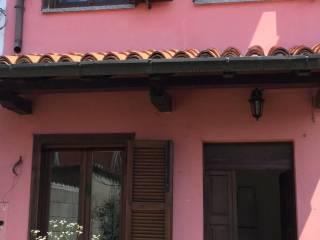 Foto - Casa indipendente via Umberto I 15, Cervesina