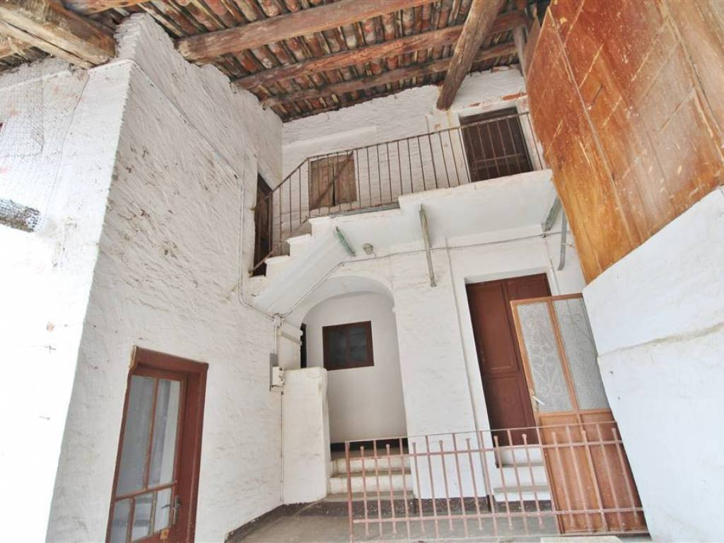 foto  Detached house 200 sq.m., to be refurbished, Rocca de' Baldi