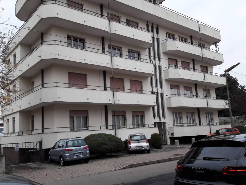 foto  4-room flat via 25 Aprile 23, Galliate