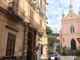 Foto - Trilocale via Sedivola, Torre del Greco