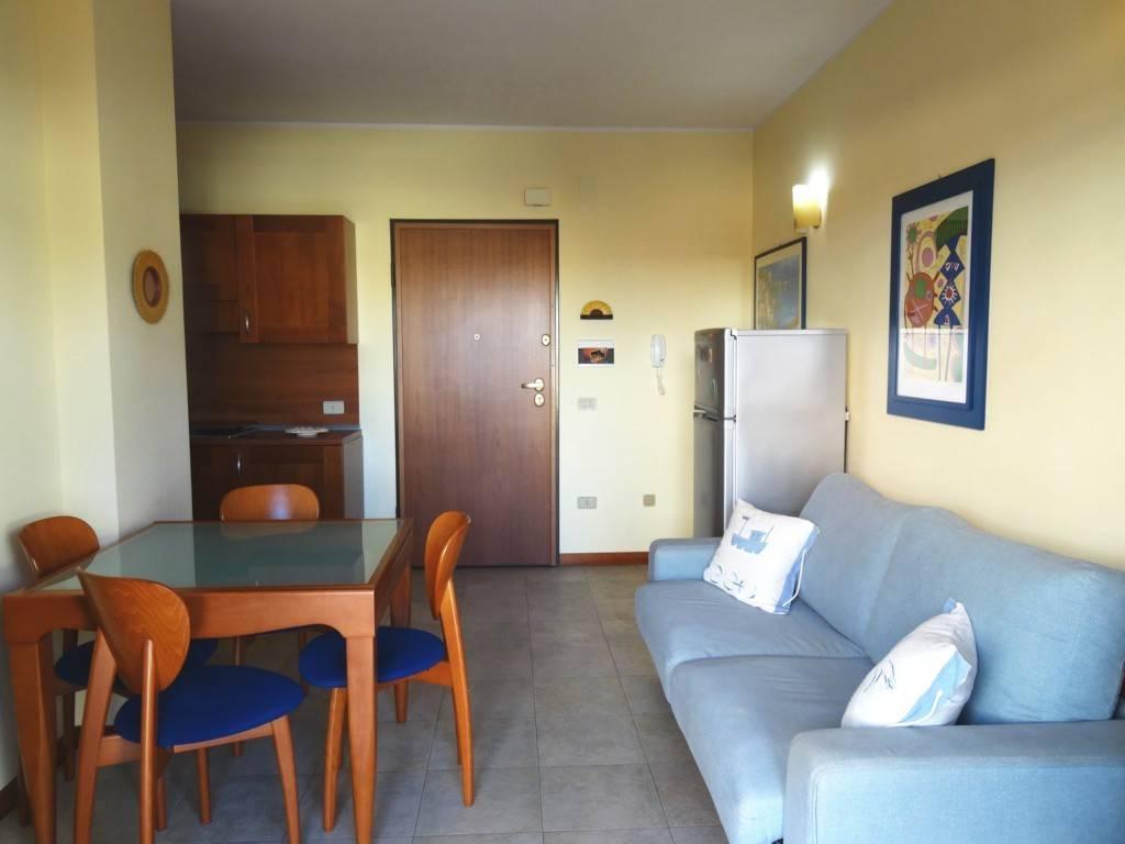 Vendita Appartamento Alba Adriatica. Bilocale in via Malta. Buono ...