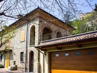 Foto - Villa unifamiliare via Giuseppe Mazzini 7, Zavattarello