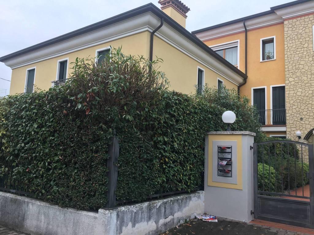 Vendita Appartamento Bassano del Grappa. Bilocale in via ...