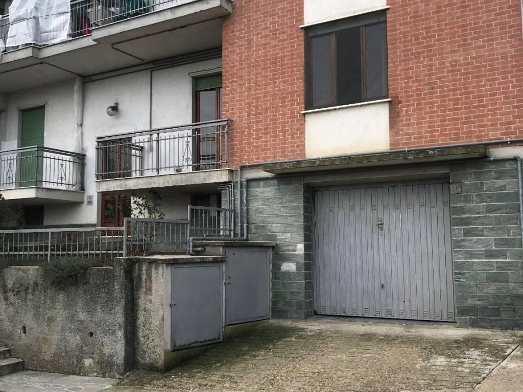 Foto 1 di Quadrilocale Castello Di Annone