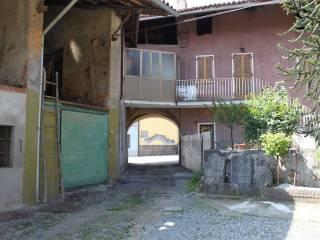 Foto - Palazzo / Stabile via Carecchio 1, Masino, Caravino