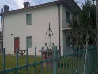 Foto - Villa via Ugo Foscolo 2, Sant'Urbano