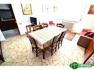 Foto - Trilocale via Cascina Restelli 3, Limido Comasco