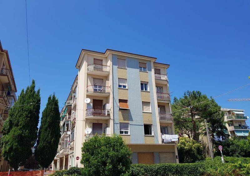 Bagni Pescetto Albisola Superiore : Vendita appartamento albisola superiore trilocale buono stato