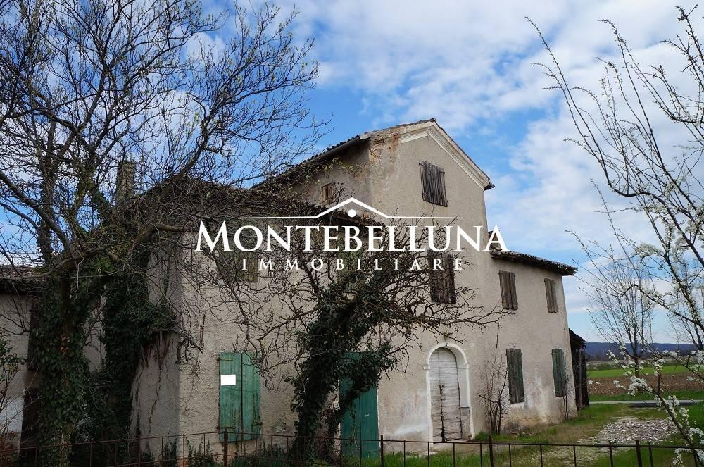foto  Country house via Risorgimento, Montebelluna