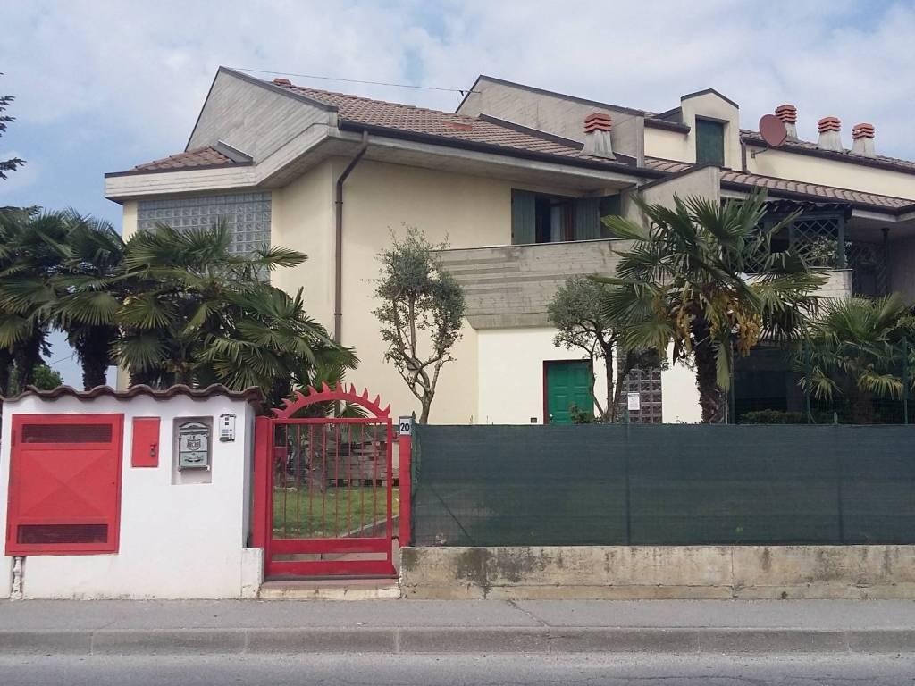 foto  Terraced house Circonvallazione Campo..., Morengo