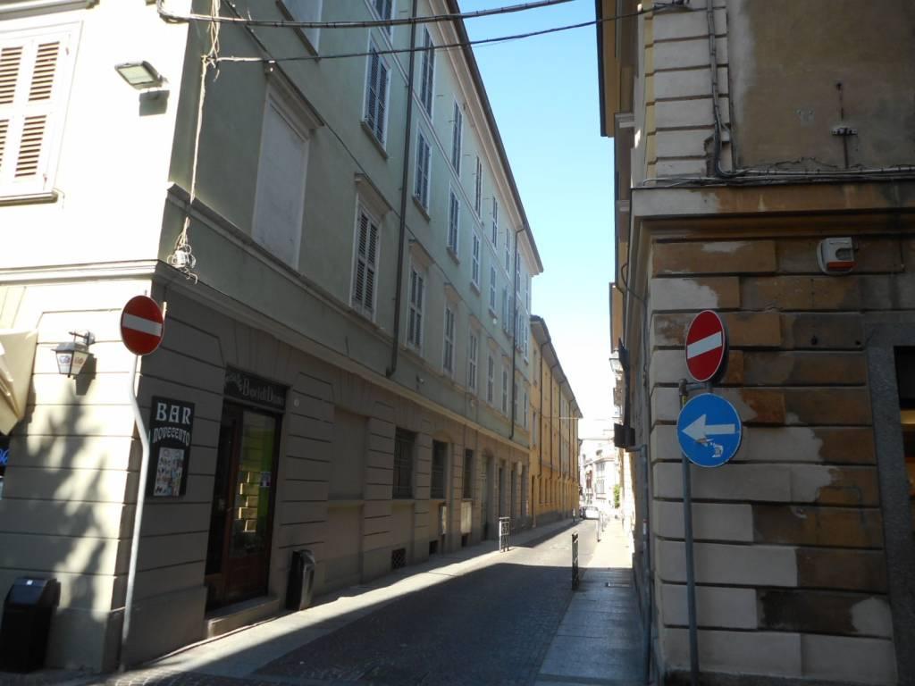 foto TRAVERSA DI VIA EMILIA Negozio in Affitto