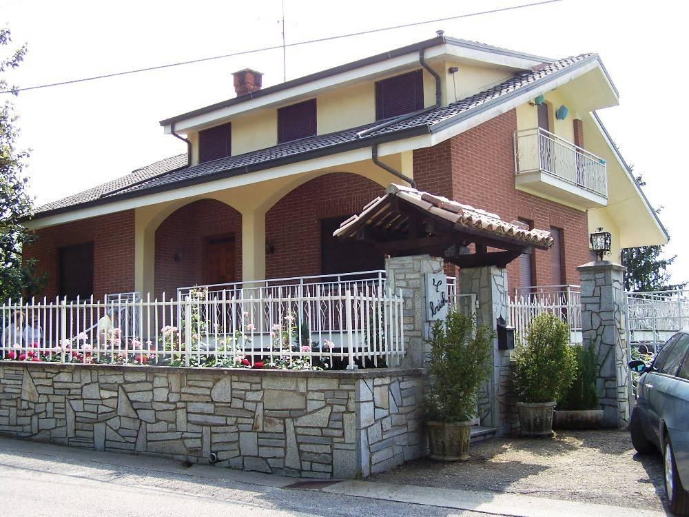 Foto 1 di Villa SP91, Montiglio Monferrato