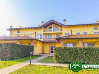 Foto - Trilocale via Nuova Provinciale, Arlate, Calco