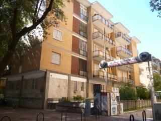Foto - Trilocale viale Louis Pasteur 70, Eur, Roma
