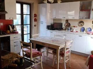 Foto - Casa indipendente 170 mq, buono stato, Castione De' Baratti, Traversetolo