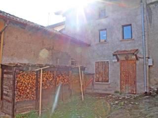 Foto - Casa indipendente via Maestri Intelvesi 29, Alta Valle Intelvi