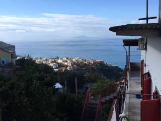 Foto - Trilocale via Laudano, Bonea, Vico Equense