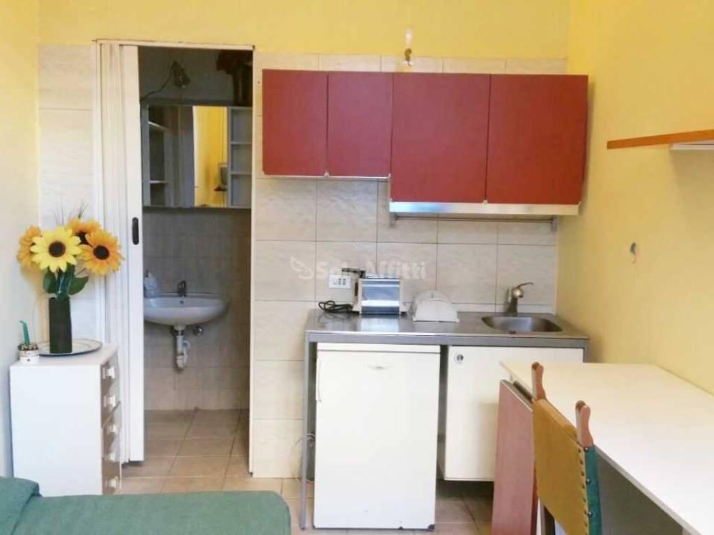 Affitto appartamento torino monolocale in via sacchi for Monolocale arredato affitto torino