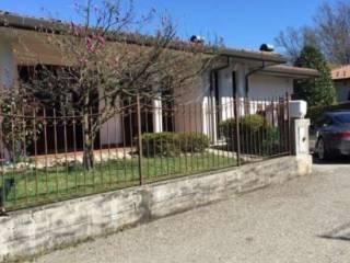 Foto - Villa via Serassi, 10, Lipomo