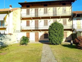 Foto - Casa indipendente 400 mq, buono stato, Castelletto Sopra Ticino